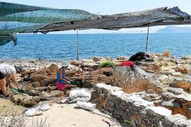 Arranca la nueva campaña de excavación y restauración de la necrópolis de Son Real