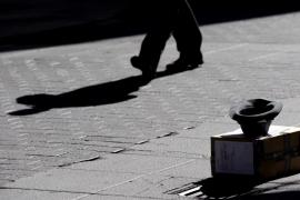 Los ayuntamientos se lanzan a la caza de mendigos y vecinos 'molestos'