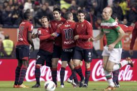 El Osasuna baja de la nube al Athletic a balón parado