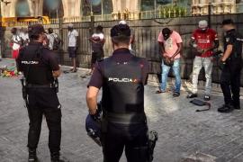 Detenidos en la Playa de Palma ocho senegaleses en situación irregular