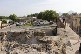 Culmina el recorrido transitable de las murallas de Alcúdia con la restauración de tres tramos