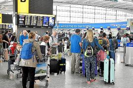 Más de mil afectados en Baleares por las cancelaciones y los retrasos de British Airways