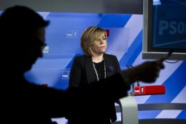 Valenciano acusa al PP de mentir y de minar el buen nombre de los sindicatos