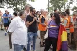 Baltasar Picornell en la concentración antimonárquica