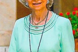 La reina Sofía vuelve a confiar en Isabel Guarch