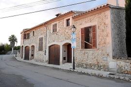 El Consell y el Ajuntament estudian la forma de legalizar las casas de Ruberts