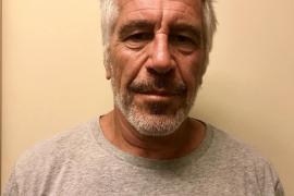 Jeffrey Epstein, hallado muerto en su celda