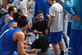Óscar Olivenza seguirá en el banquillo del Flanigan Calvià