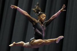 Simone Biles hace historia: El salto de la gimnasta que te dejará con la boca abierta
