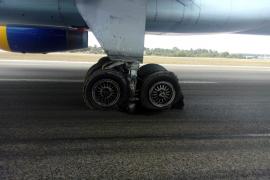 Un avión con problemas técnicos bloquea una pista del aeropuerto de Palma