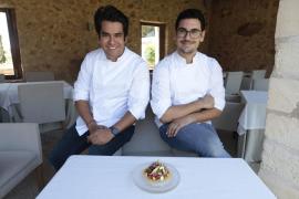 Tosta de Oli de Mallorca con atún balfego, guacamole y crema ácida