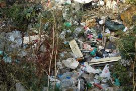 Los vecinos solicitan autorización a Cort para limpiar sa Riera