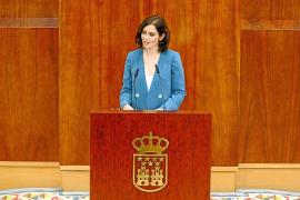 Isabel Díaz Ayuso desgrana su programa con una fuerte rebaja fiscal y guiños a Vox