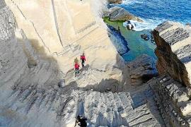 Fallece un estadounidense de 34 años tras caer desde el acantilado de sa Pedrera
