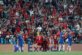 Adrián le da la Supercopa de Europa al Liverpool