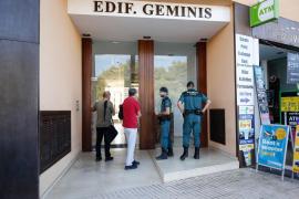 El Consell d'Eivissa inspecciona pisos de alquiler turístico con apoyo de la Guardia Civil