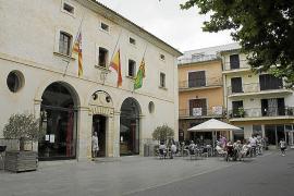 El Ajuntament adeuda siete millones de euros a 806 proveedores