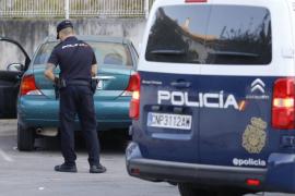 Aparece un hombre muerto junto a su coche en el Coll d'en Rabassa
