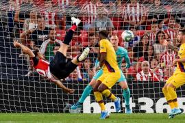 Aduriz tumba al Barça con un gol de antología