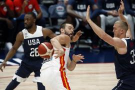 Estados Unidos muestra su condición de campeón ante España