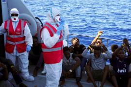 Los 27 menores no acompañados del Open Arms desembarcan en Lampedusa