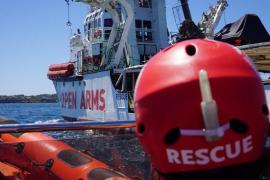 El Open Arms descarta Algeciras para desembarcar a los migrantes