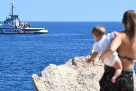Open Arms pone condiciones para viajar hasta Baleares