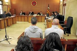 Un pacto deja en dos años la condena a un hombre por apuñalar a un vecino en Son Gotleu