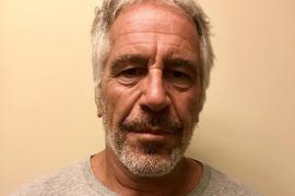 El testamento de Epstein, firmado dos días antes de suicidarse, estima una fortuna de 577 millones