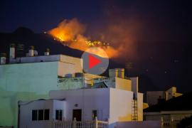 El devastador incendio de Gran Canaria pierde potencial