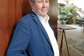 Jorge Herralde: «El ebook fue una mentira, una 'mandanga'»