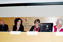 Las enfermeras de Balears piden a Salut poder recetar medicamentos