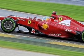 Button manda y Alonso respira en Melbourne