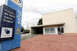 Quejas por la falta de aire acondicionado en el Centro de Salud de Santa Eulària