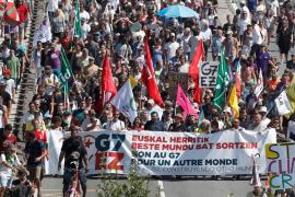 Hendaia e Irún, unidas por la 'contracumbre' del G7
