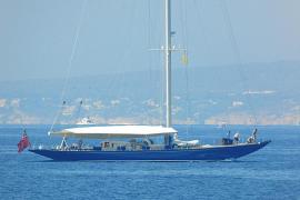 El 'Endeavour', un mítico velero de los años 30, en Palma