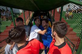 El partido entre la Peña Deportiva y el Oviedo B, en imágenes (Fotos: Daniel Espinosa).