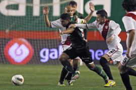 El Rayo golea al Betis y se coloca en la senda europea