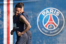 Una delegación del Barça negocia en París por Neymar