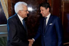 El presidente italiano encarga a Conte que forme un nuevo Gobierno