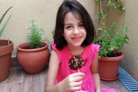 Piruletas de chocolate negro con Oli de Mallorca