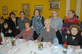 Cena entre mujeres para conmemorar el Día de la Mujer