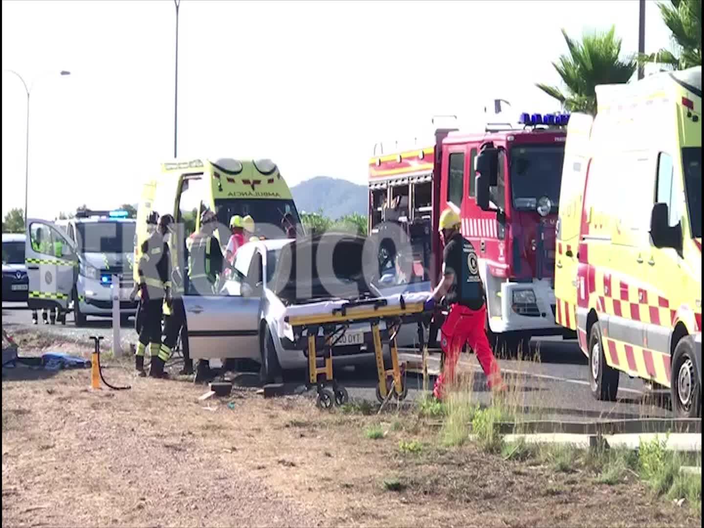 El conductor de la furgoneta que chocó contra un radar móvil en Ibiza dio positivo en droga