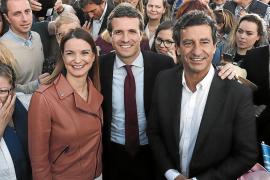 Casado aplaza 'sine die' el congreso del PP balear y consagra a Company como líder