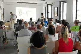 El estudio de arquitectura Moneo Brock y los vecinos diseñan la reforma de la plaza de Sencelles