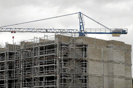 La firma de hipotecas sube en Baleares en junio pero baja el capital prestado
