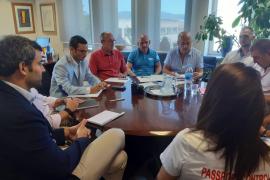 Treball mediará en el conflicto laboral de los controladores de pasaportes del aeropuerto de Palma