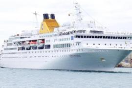 Visita Palma el primer buque de Costa Cruceros tras el naufragio del ´Concordia`