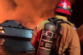 Al menos 20 muertos y 14 desaparecidos en el incendio de un barco cerca de la costa de California