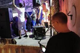 La Policía paraliza un concierto al aire libre en Palma